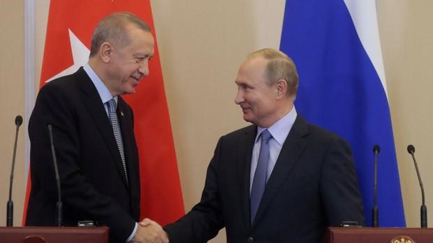 Rusia y Turquía establecen un alto el fuego en Idlib