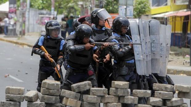 EE.UU. sanciona a la policía nicaragüense por abusos de derechos humanos