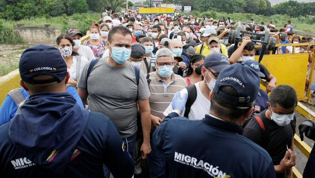 Los países de Latinoamérica toman medidas para frenar el avance del coronavirus