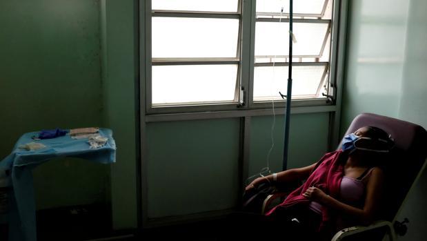 Venezuela cuenta con solo 84 camas para enfermos del coronavirus en sus UCI