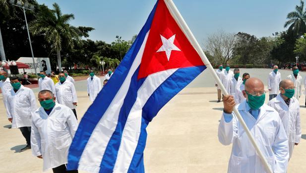 El régimen cubano envía 1.200 médicos a Venezuela