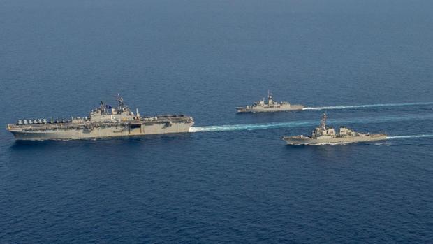 China expulsa a un buque de guerra estadounidense por «traspaso ilegal» en el Mar del Sur