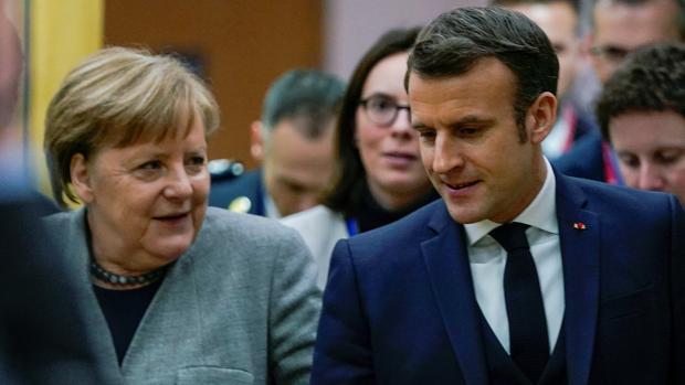 Expectación internacional ante la gran iniciativa europea que anunciarán hoy Macron y Merkel