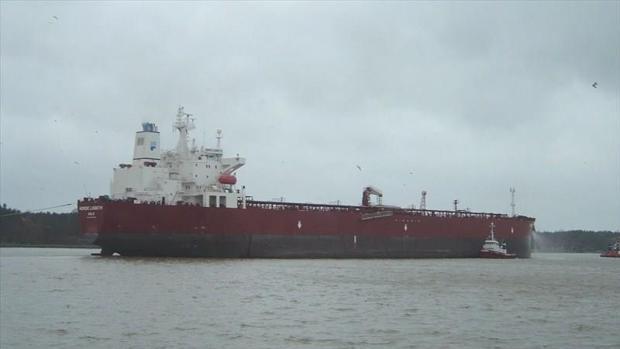 Venezuela compartirá la gasolina importada por Irán con Cuba