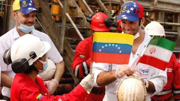 Irán está dispuesto a enviar más gasolina si Venezuela se lo pide