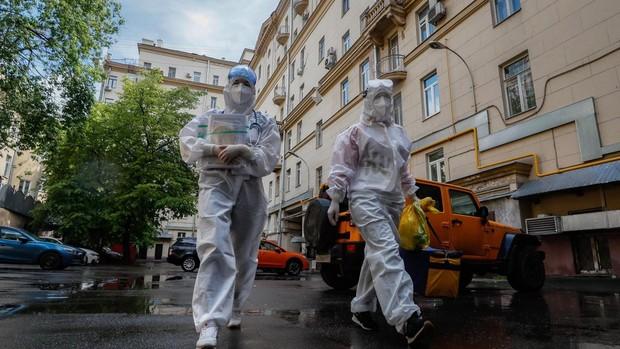 Un hospital de Moscú emplea cámaras de alta presión para tratar el coronavirus