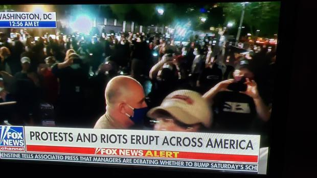 La Casa Blanca atribuye la violencia en protestas a un boicot del chavismo