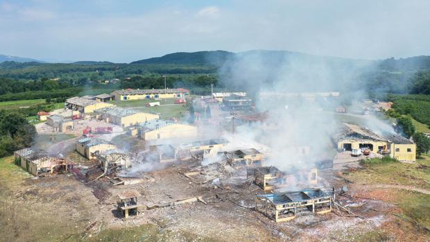 Al menos cuatro muertos y 108 heridos por varias explosiones en una fábrica de fuegos artificiales