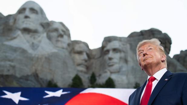Trump denuncia el ascenso de un «nuevo fascismo de extrema izquierda»
