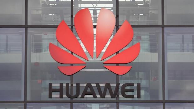 Reino Unido ordena la retirada de todos los equipos de 5G de Huawei para 2027
