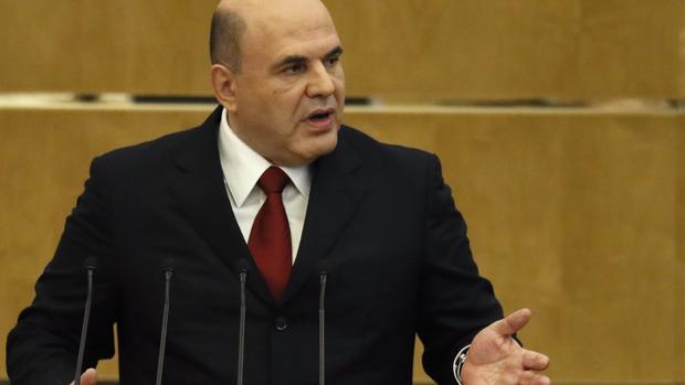 El primer ministro ruso presume de su gestión de la pandemia ante la Duma