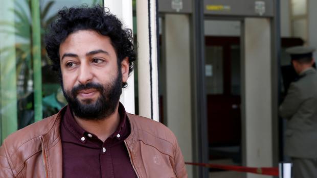 Encarcelan al periodista marroquí Omar Radi, acusado ahora de violación