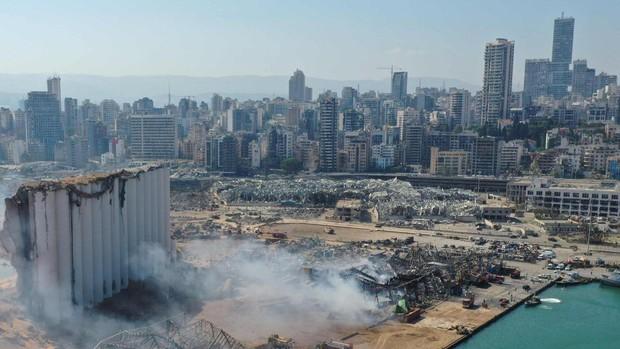 El gobernador de Beirut compara la desolación de la ciudad con Hiroshima y Nagasaki