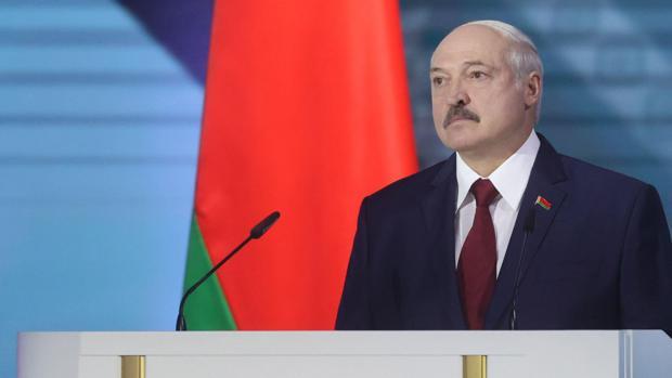 Lukashenko arremete contra Rusia a días de unas elecciones con un posible un duelo inédito