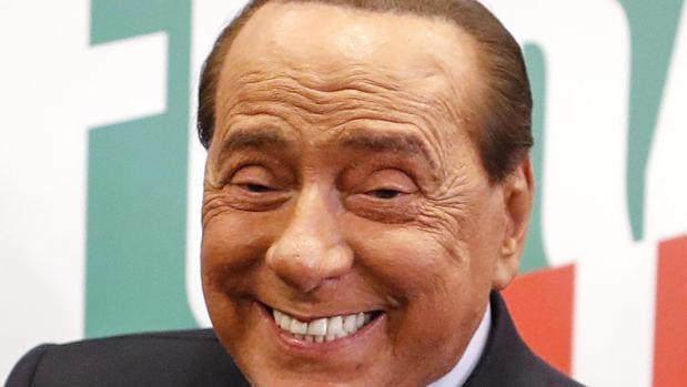 La lección del caso Berlusconi sobre el coronavirus: los jóvenes infectan a ancianos