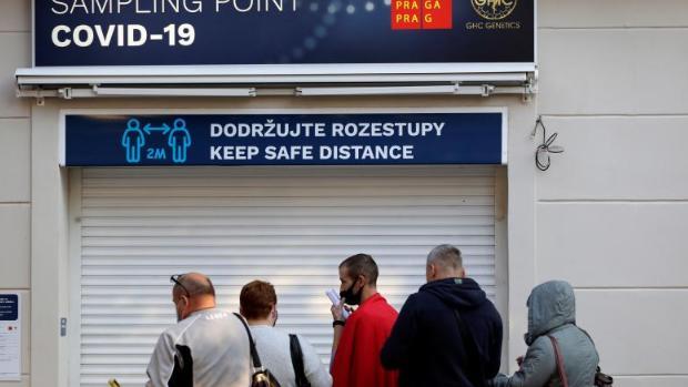 Dimite el ministro de Sanidad de la República Checa tras las críticas a su gestión de la pandemia