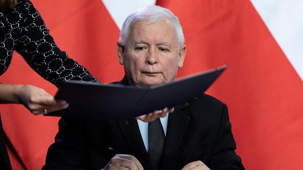 El líder del partido ultraconservador Ley y Justicia, nombrado viceprimer ministro de Polonia
