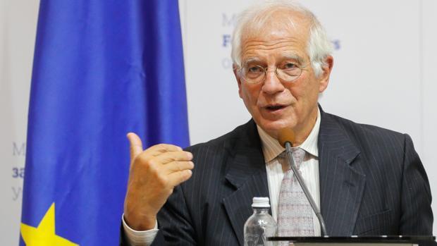Más de 200 personalidades protestan a la UE en rechazo de la postura de Borrell en Venezuela