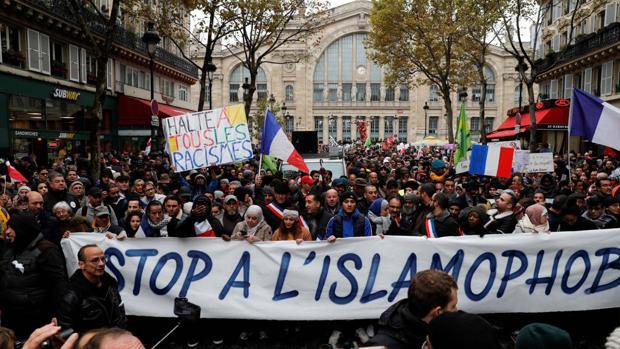 El proyecto de Macron para combatir el separatismo islamista comienza por no convencer