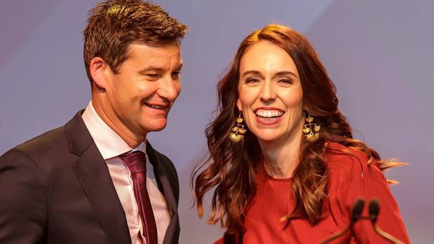 La primer ministra de Nueva Zelanda logra una victoria histórica que le permitirá gobernar en solitario
