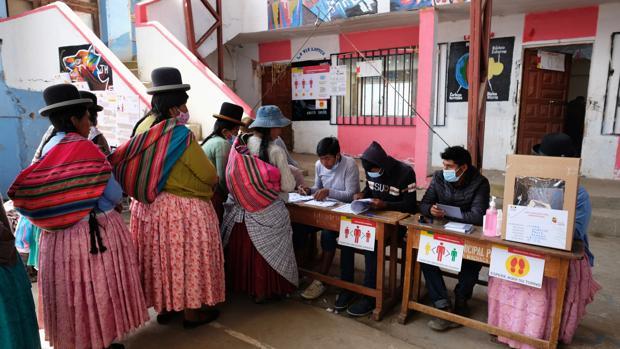 La victoria del candidato de Morales sume a Bolivia en la incertidumbre