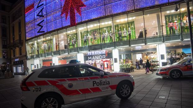 Dos heridos en un ataque con cuchillo en nombre de Daesh en Suiza