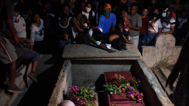 Suben a 31 los venezolanos ahogados en alta mar expulsados de Trinidad y Tobago