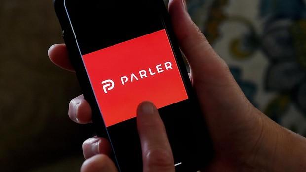 Apple Store, Google y Amazon impiden descargar Parler, el «Twitter» de los simpatizantes de Trump