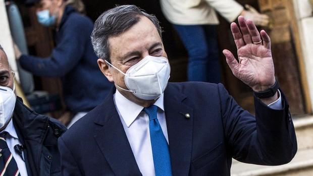 Draghi propone un programa político centrado en la vacunación para salvar la economía