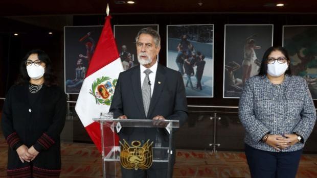 Militares peruanos retirados piden por carta desconocer el triunfo de Castillo