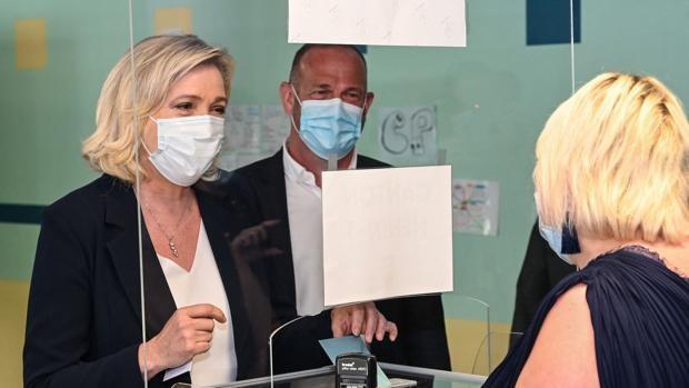 La derecha tradicional francesa se consolida como primera fuerza en las regionales