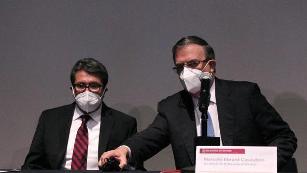 México demanda a 15 fabricantes y proveedores estadounidenses de armas por tráfico ilegal en la frontera