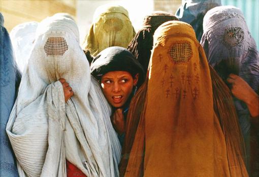 Burqa Women in Afghanistan (1996)