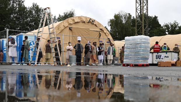 La Comisión Europea pide a los gobiernos que actúen antes de que lleguen los refugiados