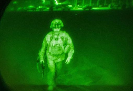 El mayor general Chris Donahue, último militar de EE.UU. en salir de Afganistán