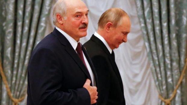 Putin apuntala a Lukashenko con 28 planes económicos  que buscan la anexión encubierta de Bielorrusia
