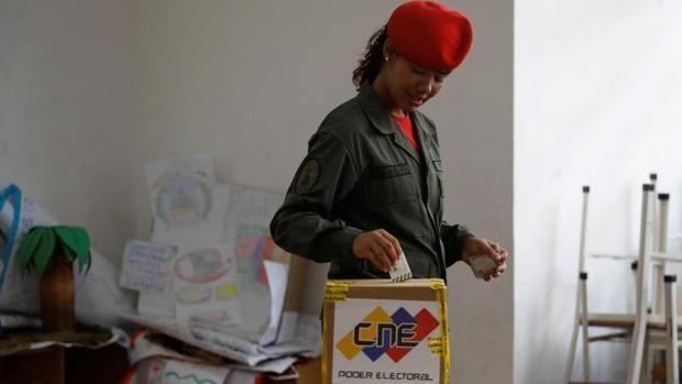Así pactaron Borrell y el régimen de Maduro la misión electoral de la UE en Venezuela
