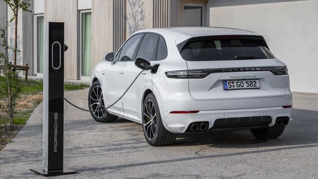 Porsche Cayenne Turbo S E Hybrid 680 Cv Y Autonomia Electrica De Hasta 40 Kilometros