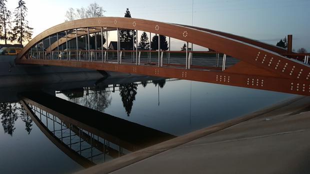 Puente de 55,3 metros situado en la localidad de Troyes, en el departamento francés de Aube