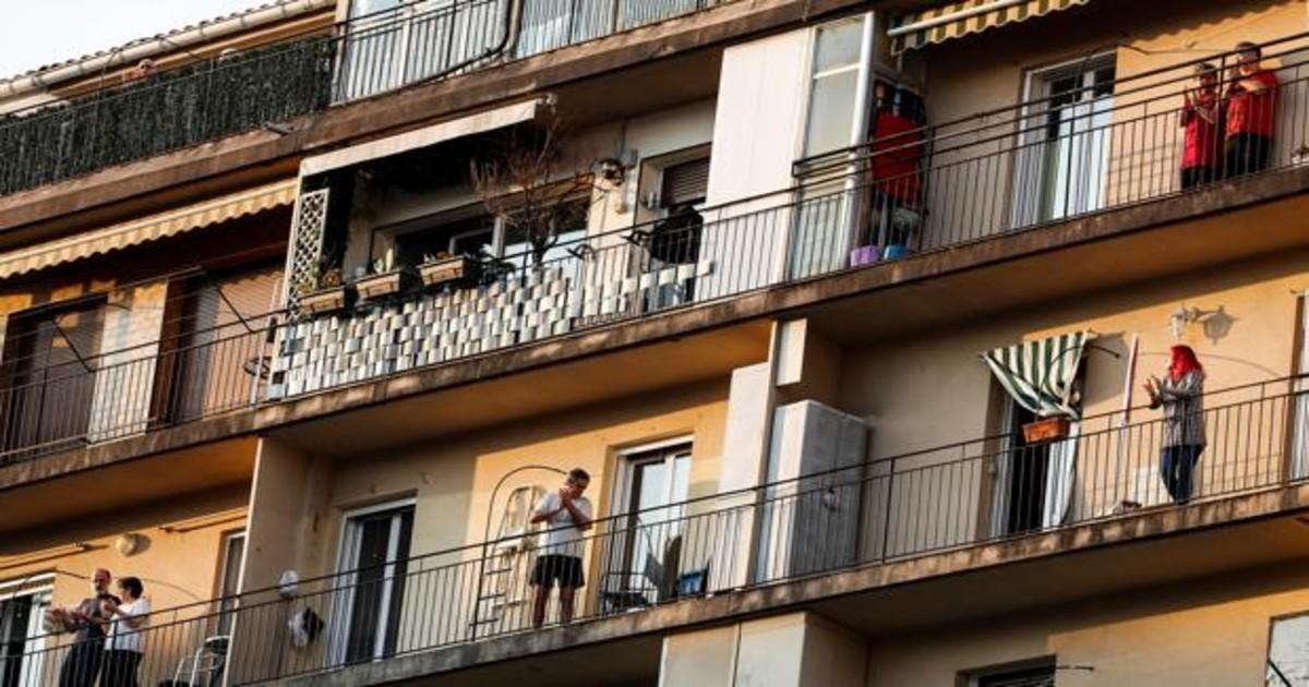 Antonio Burgos: Tontos de balcones