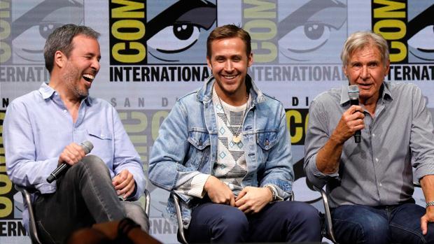 El director de Blade Runner 2049, Denis Villeneuve, y sus protagonistas, Ryan Gosling y Harrison Ford