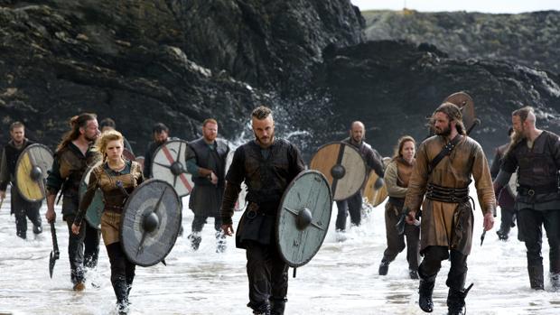 Los protagonistas de «Vikingos» cumplieron el sueño de un niño con cáncer