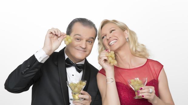Ramón García y Anne Igartiburu, clásicos presentadores de las campanadas
