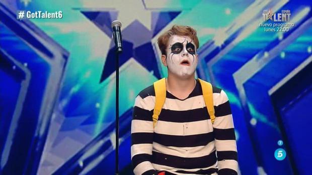 Los miembros del jurado de Got Talent no acabaron de entender la actuación de Mr. Basic, pero le dejaron pasar a la siguiente ronda