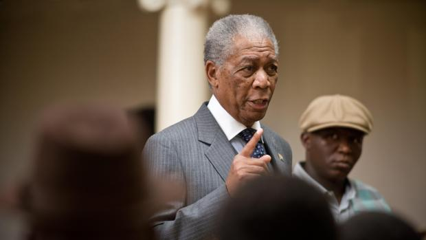 Morgan Freeman, caracterizado como Nelson Mandela en «Invictus»