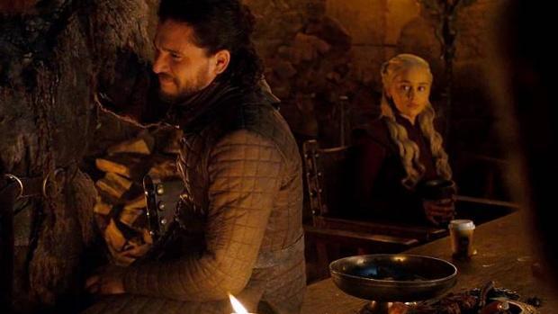 Game of Thrones: Resuelto el misterio del vaso de Starbucks en el ...