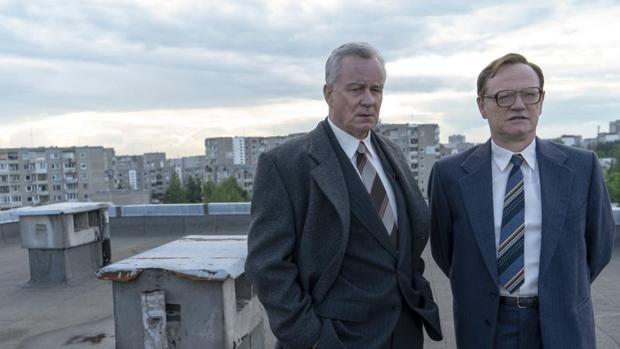 Stellan Skarsgard y Jared Harris protagonizan «Chernobyl»