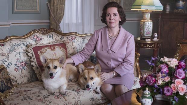 Olivia Colman interpreta a Isabel II en la nueva temporada de «The Crown»