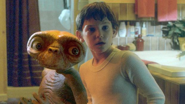La maldición que persigue a Henry Thomas, el niño que se hizo amigo de E.T.