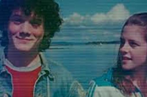 Yelchin y Stewart